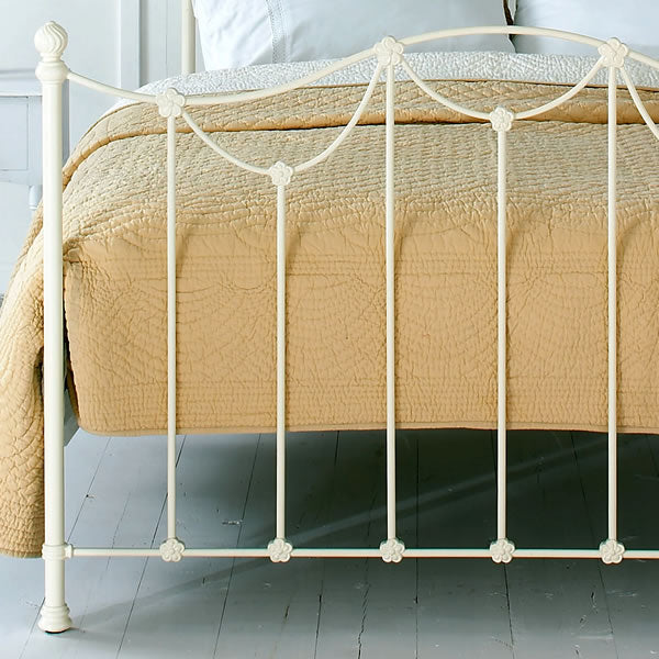 Carlton Cast Bed - Foot End