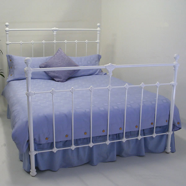 La Trobe Cast Bed - Matching Foot Queen Size
