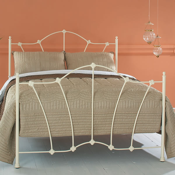 Thornlie Cast Bed - Queen Size Glossy Ivory