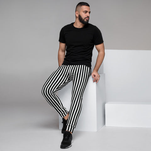 Black White Striped Men's Joggers, Best Vertically Stripe Designer Abstract Sweatpants For Men, Modern Slim-Fit Designer Ultra Soft & Comfortable Men's Joggers, Men's Jogger Pants-Made in EU/MX (US Size: XS-3XL)