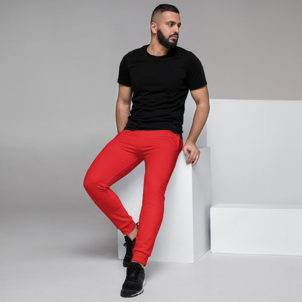 Bright Red Designer Men's Joggers, Best Red Solid Color Sweatpants For Men, Modern Slim-Fit Designer Ultra Soft & Comfortable Men's Joggers, Men's Jogger Pants-Made in EU/MX (US Size: XS-3XL)