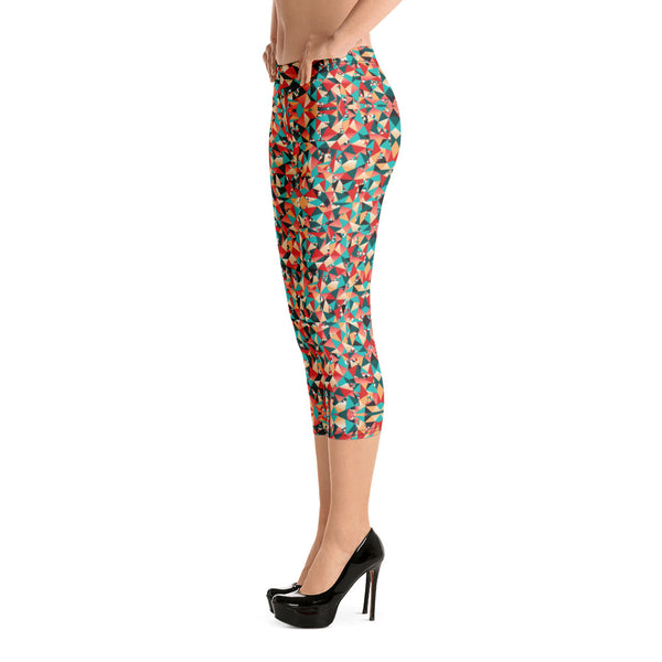 Red Geometric Women's Capri Leggings, Colorful Sexy Workout Ladies Capris Tights-Heidikimurart Limited -Heidi Kimura Art LLC
