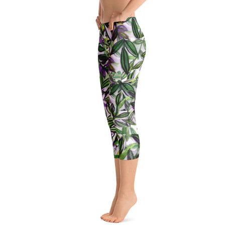 Green Tropical Leaves Capri Leggings Casual Activewear For Women - Made in USA-capri leggings-Heidi Kimura Art LLC Green Tropical Leaves Capri Leggings, Tropical Print Capris Tights, Green Tropical Leaves Capri Leggings Casual Activewear For Women - Made in USA/EU/MX (US Size: XS-XL)
