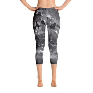 Gray Rose Floral Capri Leggings, Designer Capris Casual Tights Activewear - Made in USA-capri leggings-XS-Heidi Kimura Art LLC
