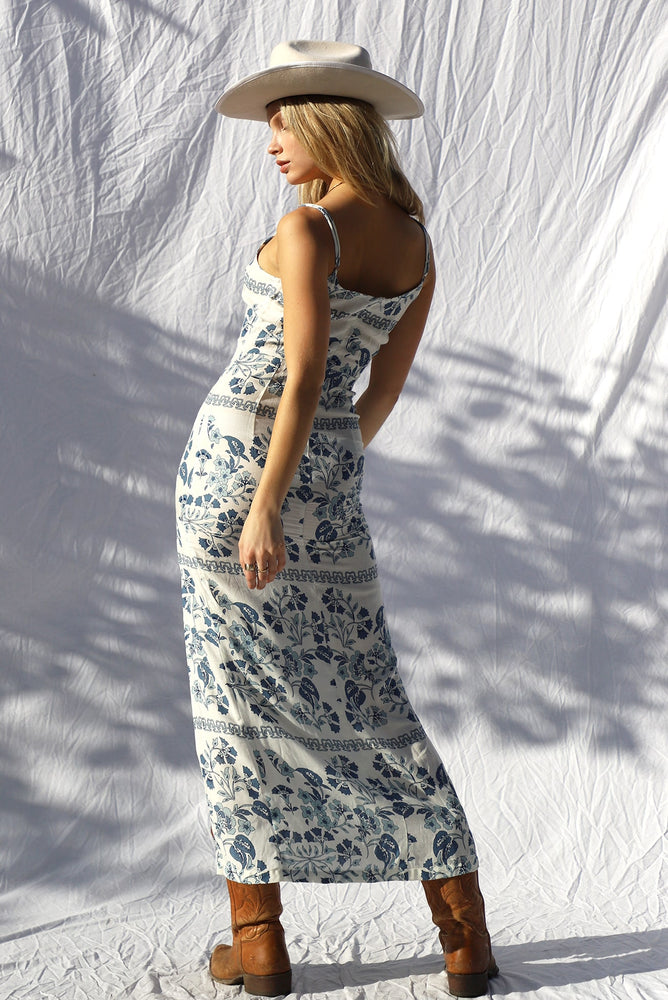 Load image into Gallery viewer, Wildrye Maxi Dress
