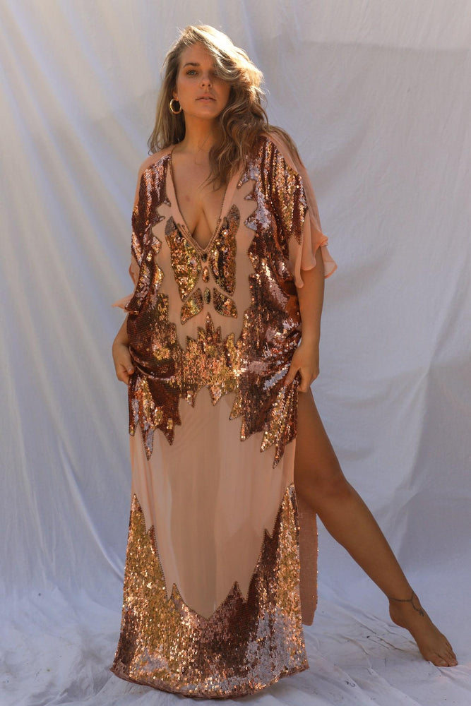 Load image into Gallery viewer, Curve Ritual Queen Kaftan