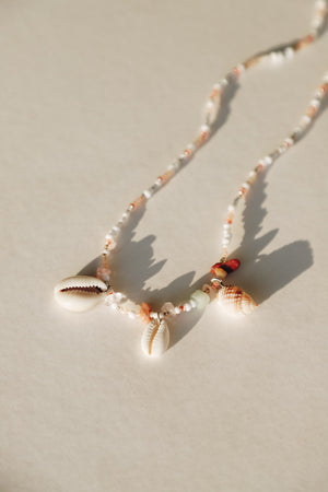 Smoun Shell Necklace