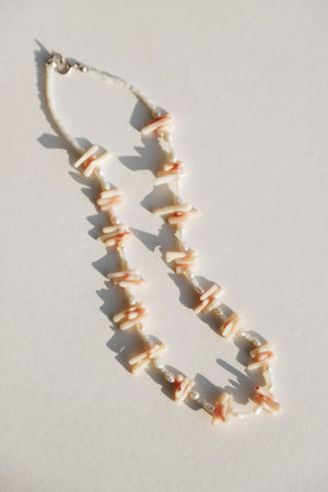 Load image into Gallery viewer, Smoun Shell Necklace