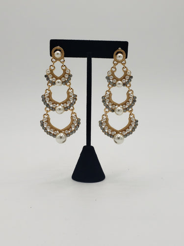 'Nothing But Pearls' Earrings