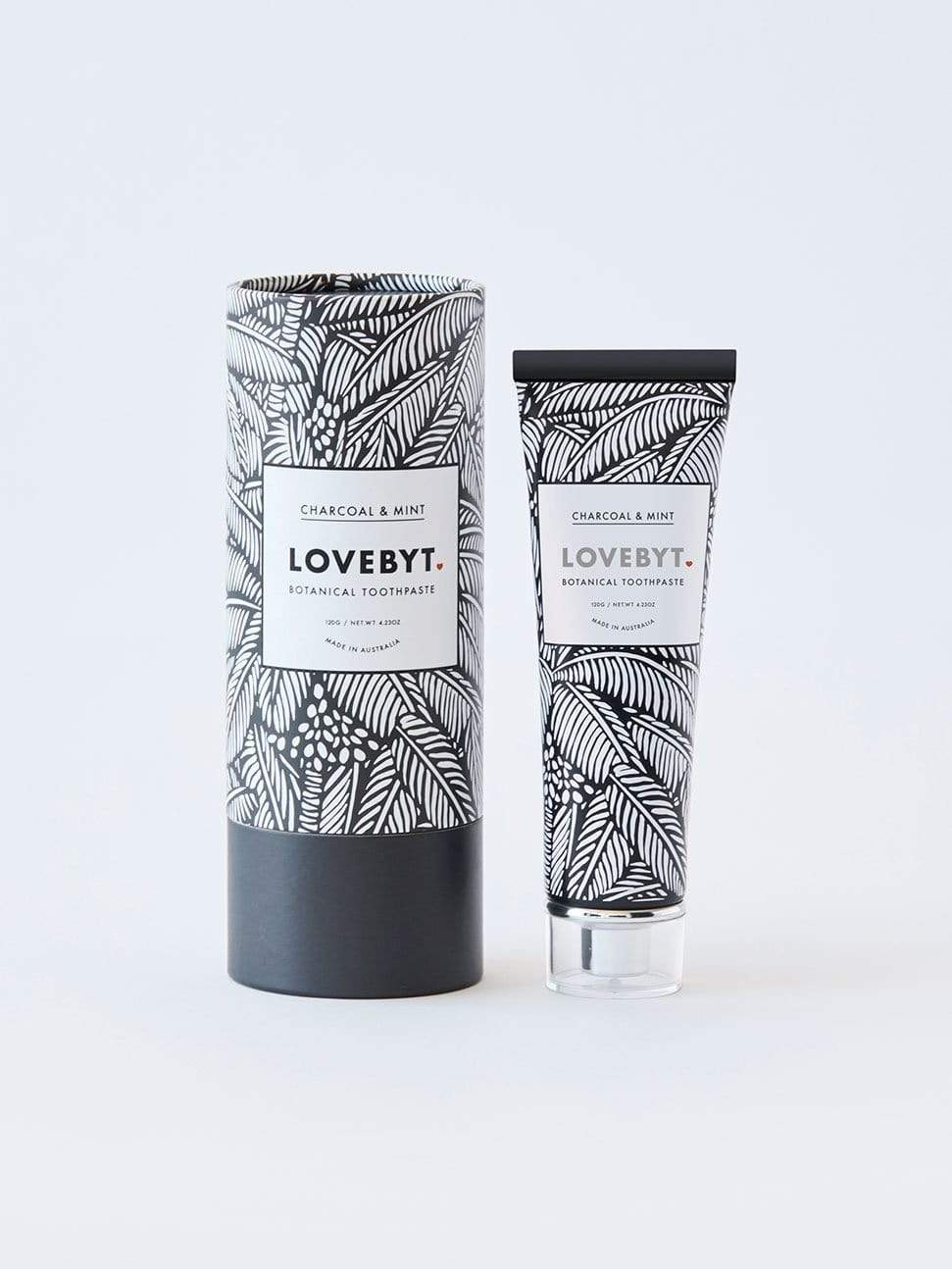 LOVEBYT Toothpaste CHARCOAL & MINT - smooth & fresh