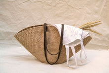Load image into Gallery viewer, Jute basket bag