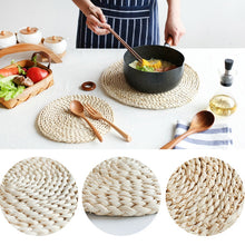 Load image into Gallery viewer, Woven Corn Dining Table Mat Heat Insulation Pot Holder Placemat