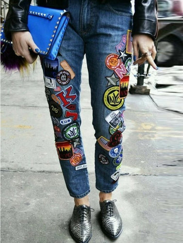 Casual Embroidery Patch Pockets Jeans