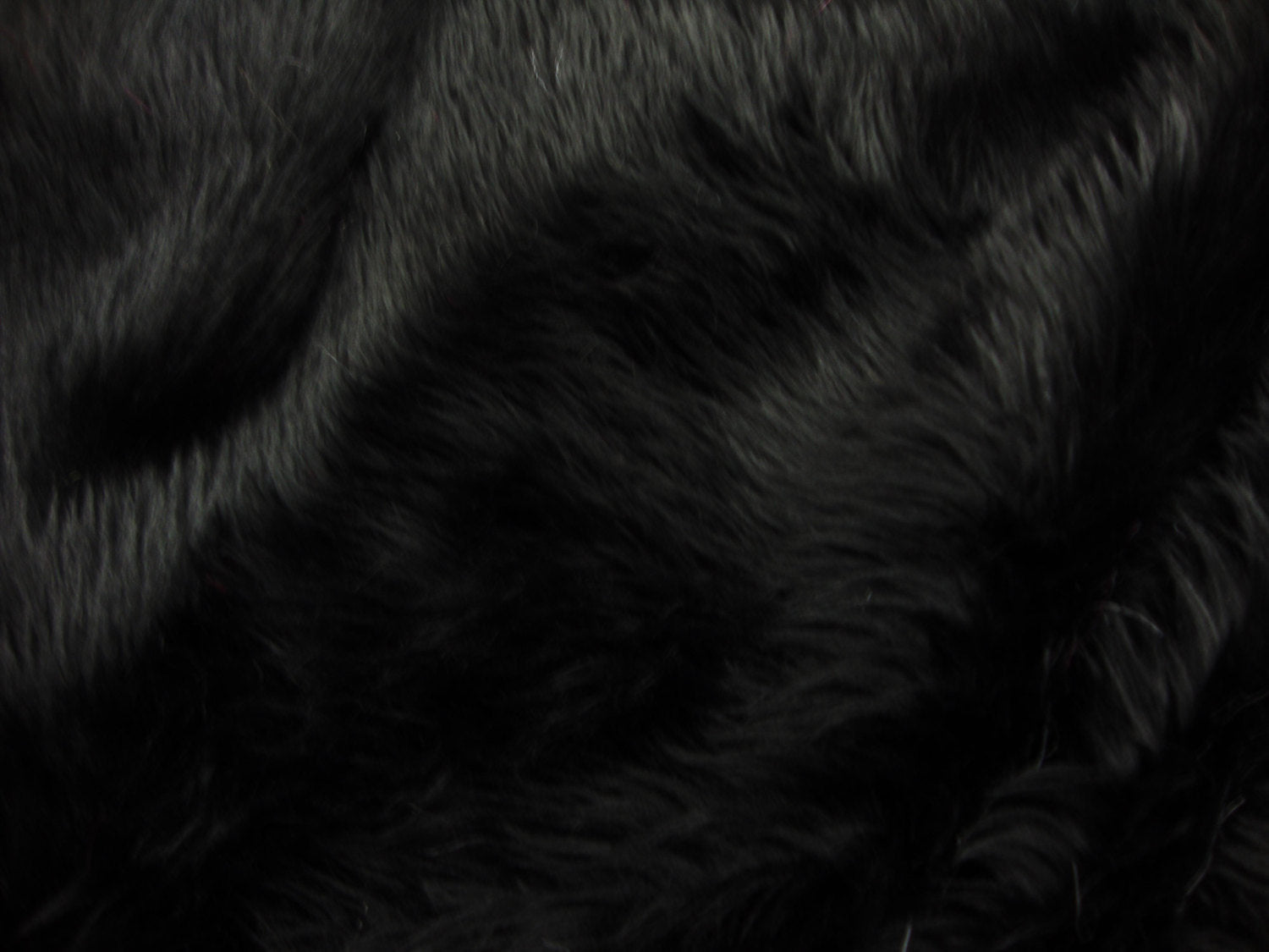 Black Shaggy Plush Faux Fur Rectangular 3'x5' Area Rug || Home Decor