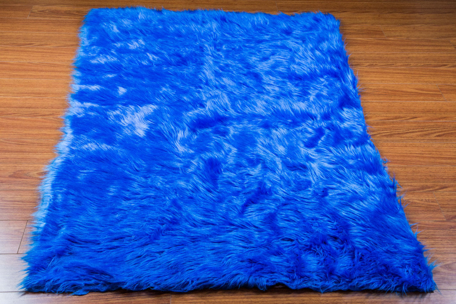 Ocean Blue Shaggy Plush Faux Fur Rectangular 5'x8' Area Rug || Home Decor