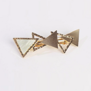 Triangle Hairpin