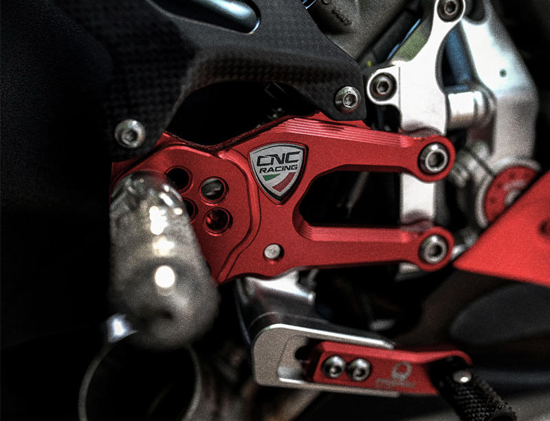cnc racing rearsets