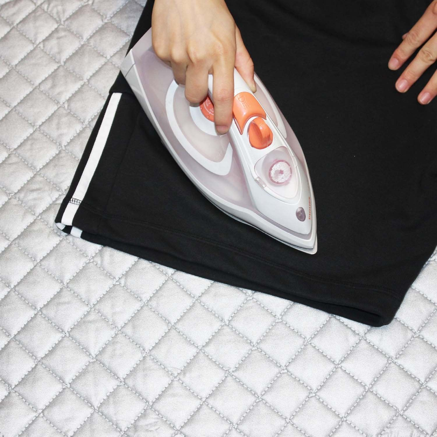New Ironing Magnetic Folding Mat