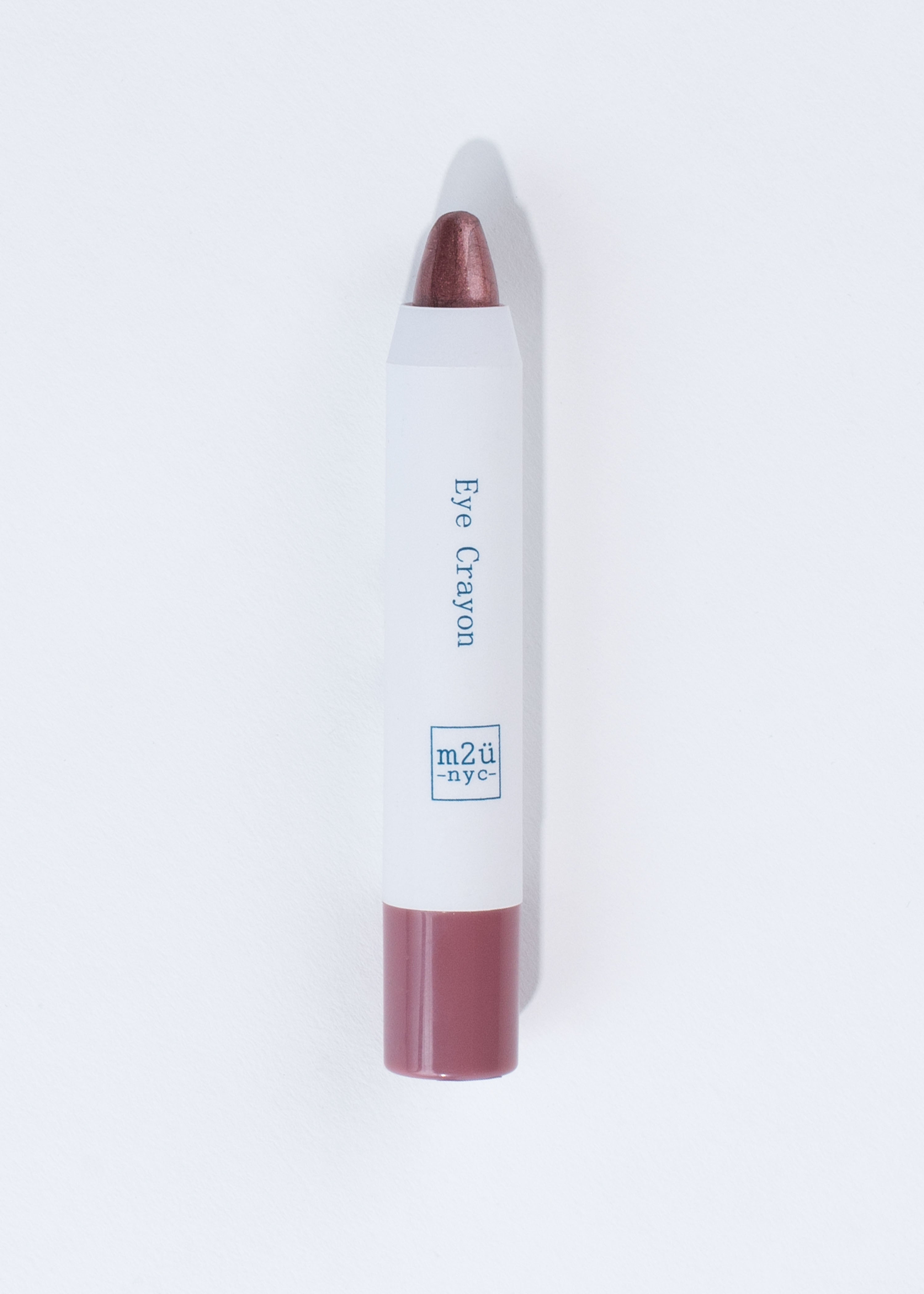 pencil-like eyeshadow crayon in shade burgundy