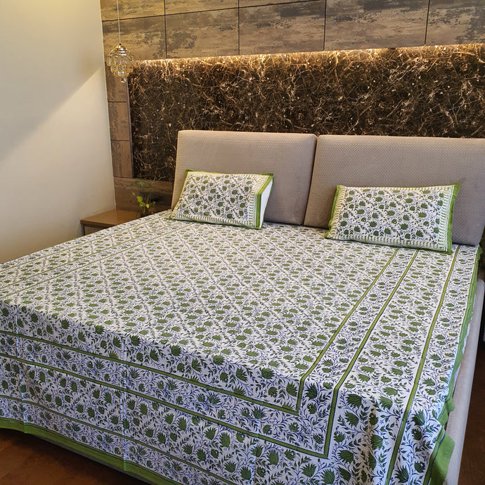 Green, Blue & White Floral Pure Cotton Handloom Block Printed Bedsheet with 2 Pillow Covers(KING SIZE)