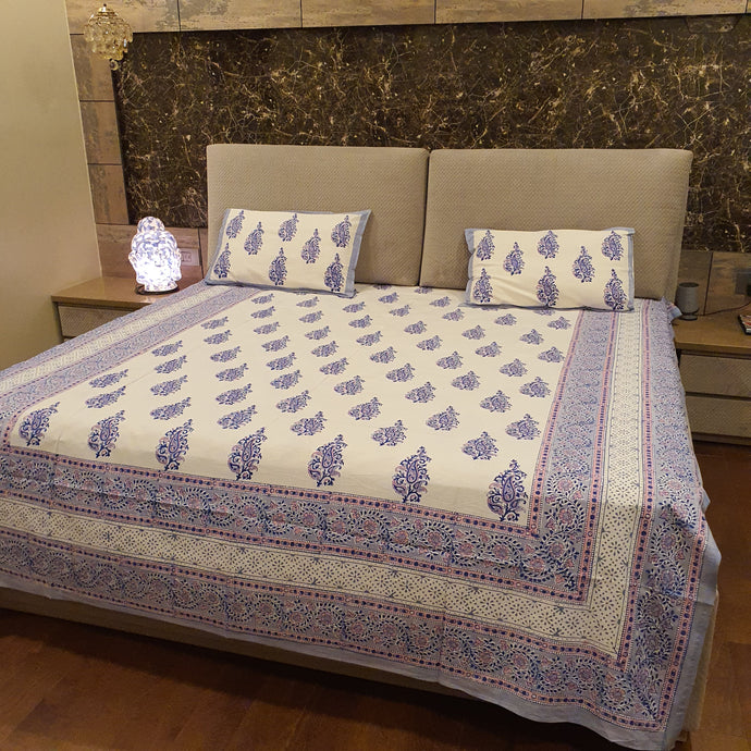 Pink & Blue on Off White Base  Floral Pure Cotton Handloom Block Printed Bedsheet with 2 Pillow Covers(KING SIZE)