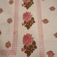 Load image into Gallery viewer, Pink Rose Print  Floral Pure Cotton Handloom Block Printed Bedsheet with 2 Pillow Covers