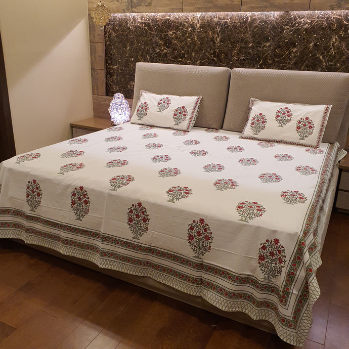 Green & Red  Print on Milky White Base Floral Pure Cotton Handloom Block Printed Luxurious Bedsheet with 2 Pillow Covers(KING SIZE-XL)