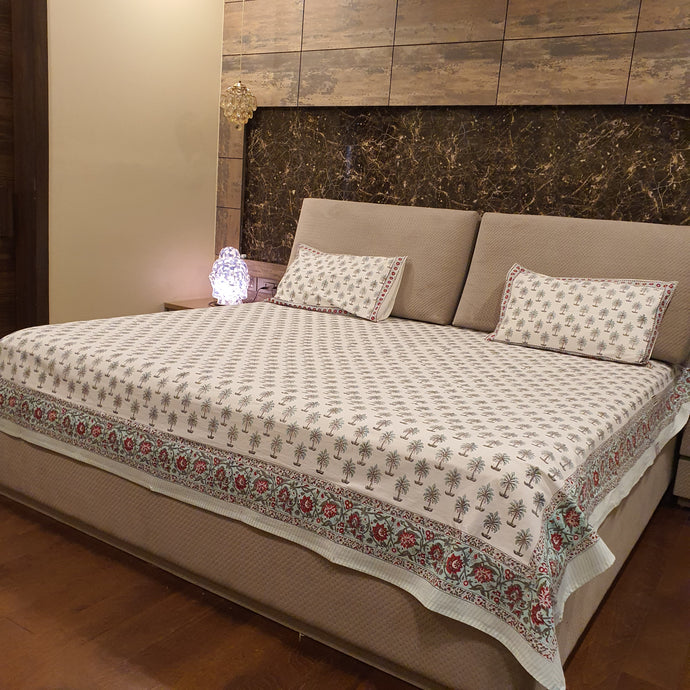 Aqua Blue & Red  Print on Milky White Base Floral Pure Cotton Handloom Block Printed Luxurious Bedsheet with 2 Pillow Covers(KING SIZE-XL)