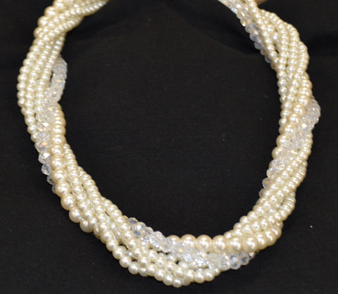 Pearls and Crystal Bead Nacklace