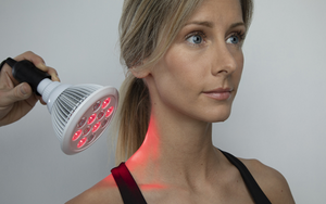 Red light treatment on woman localised
