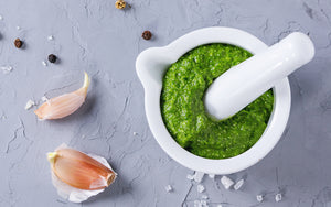 Pesto black pepper and garlic dip