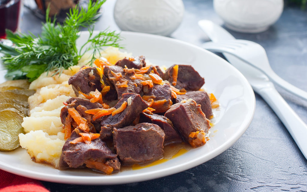 Lamb heart nutrition: Braised beef heart with mashed potatoes and pickles