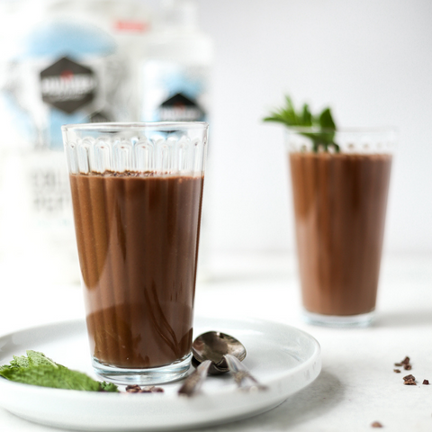 Hunter & Gather mint cacao protein smoothie with collagen peptides and MCT oil