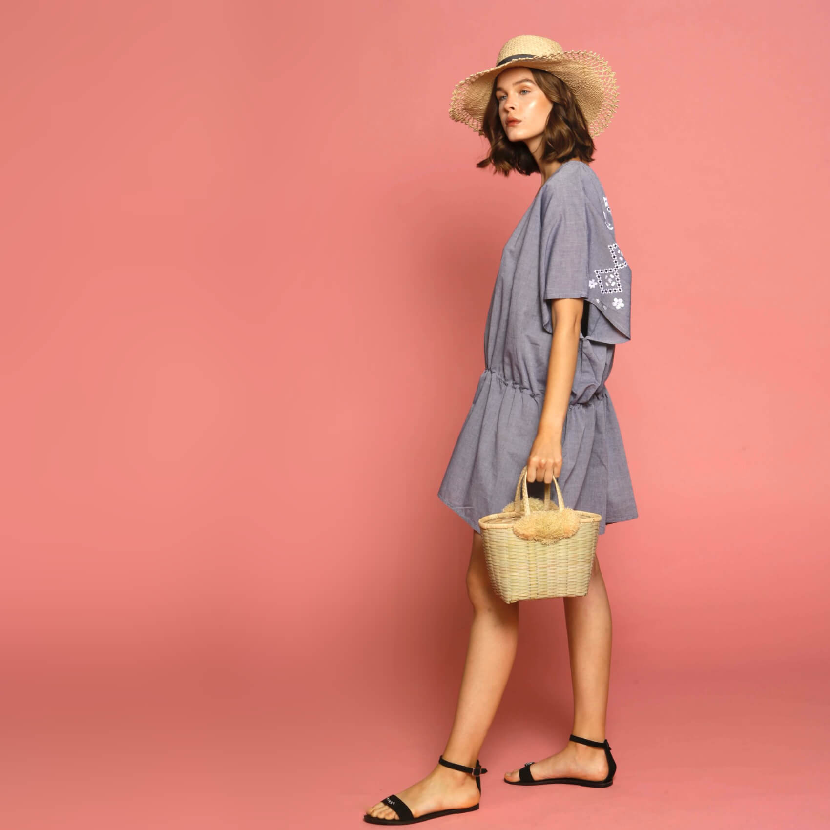 Cover-up dress and beachwear accessories collection