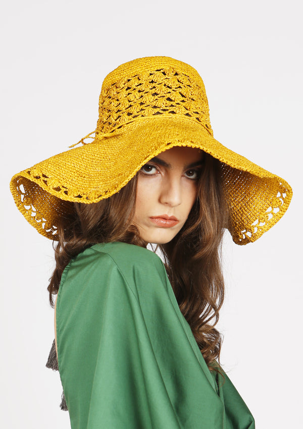 cheap retro style sun beach hat made with raffia french riviera