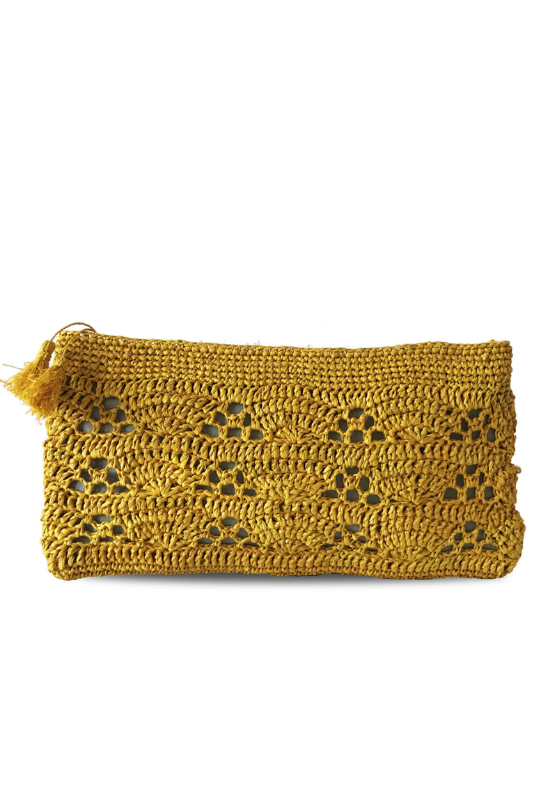 woman beach accessories purse raffia ethically made