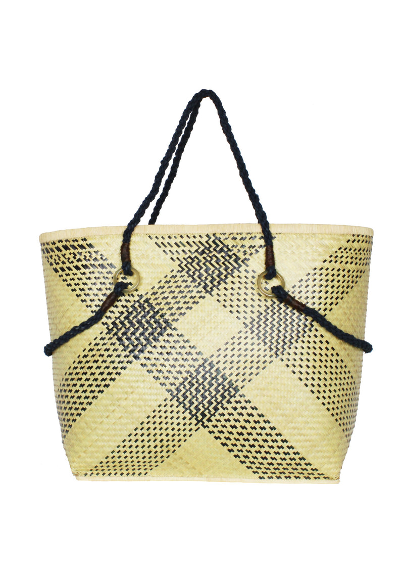 AMELIA natural beige large straw basket bag