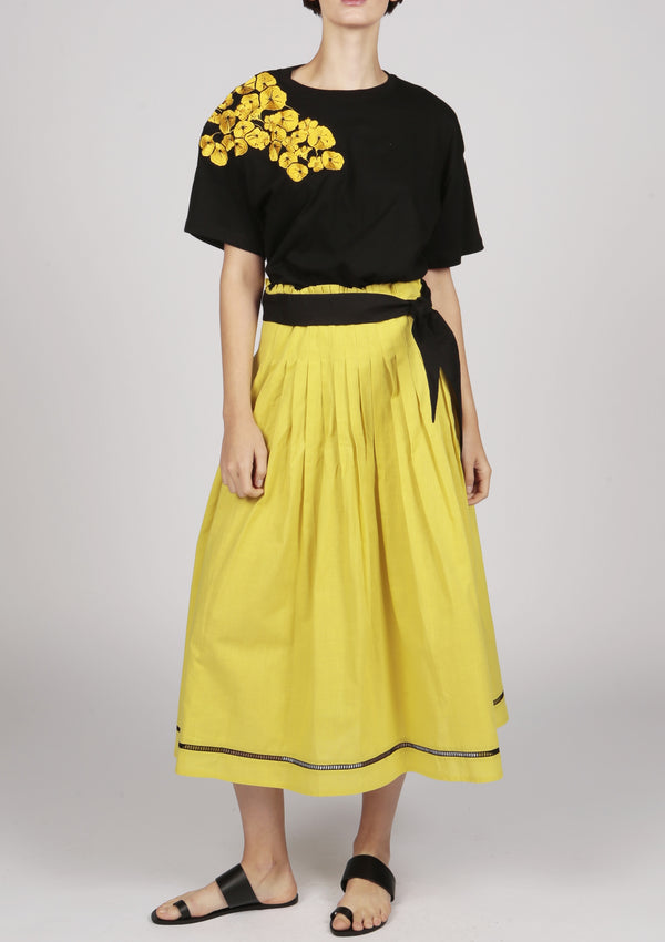 yellow pleated yellow midi skirt