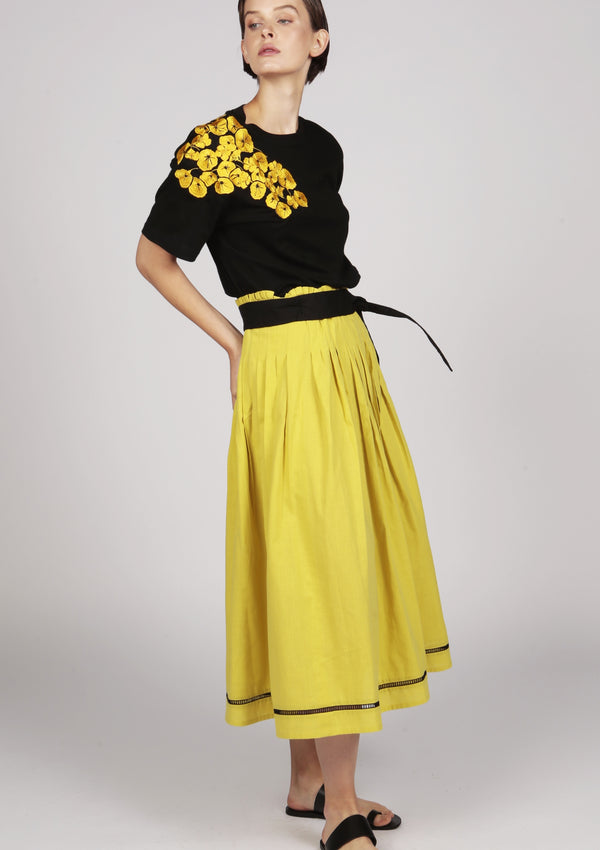 summer fashion yellow cotton midi pleated skirt beachwear
