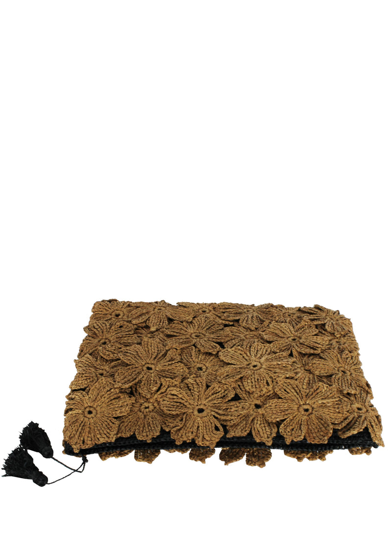 flower raffia clutch for ipad