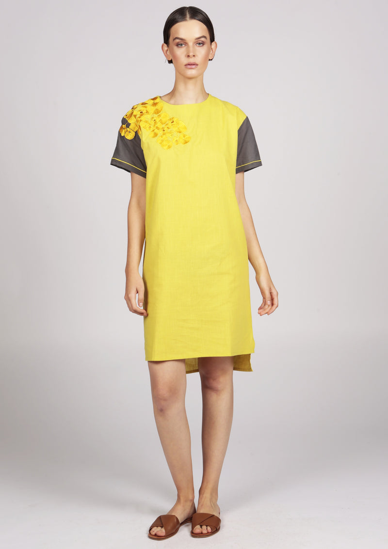 YELLOW EMBROIDERED DRESS CASUAL CHIC