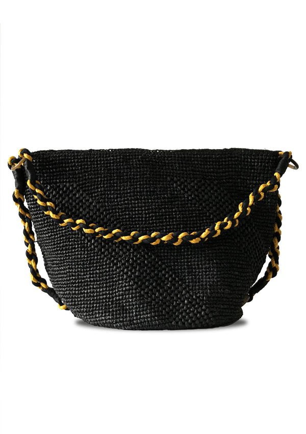 Beach holiday straw bag for luxury travel