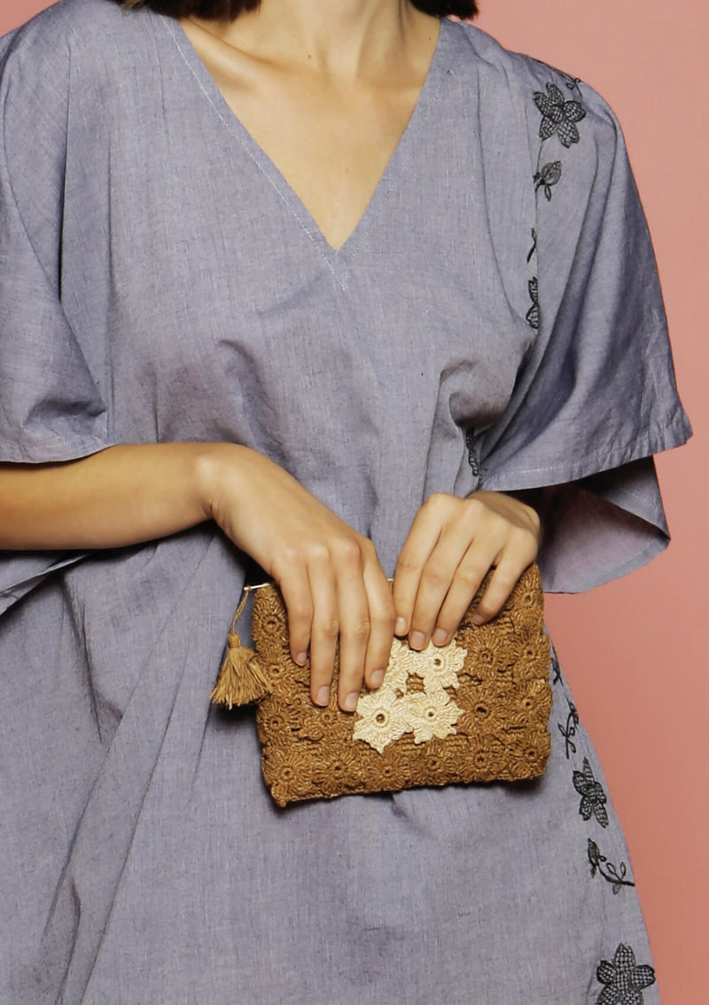 raffia brown flower clutch
