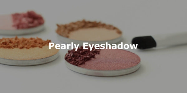 This image shows ZAO Makeup Pearly Eyeshadow