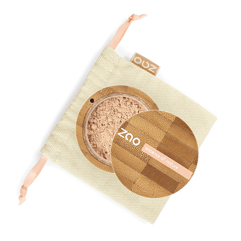 This image shows the ZAO Makeup  Loose Powder - Mineral Silk Foundation - Bamboo Case Product Clear Beige 501