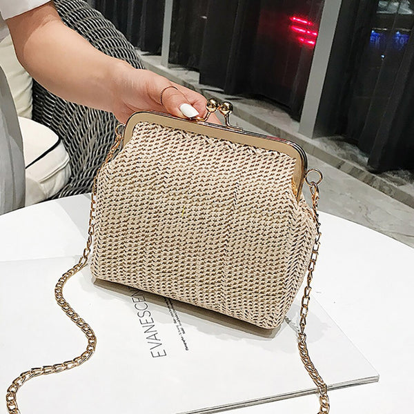 Carola Straw Clutch
