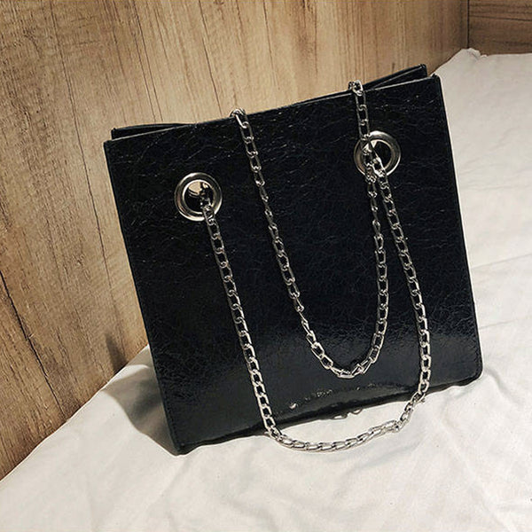 Eliana Shoulder Bag