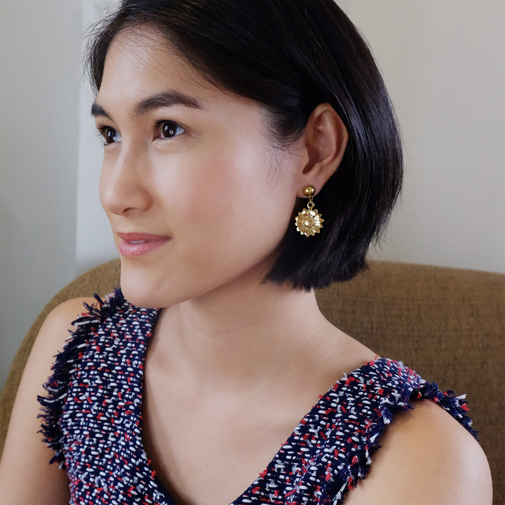 Nanna Earrings in Gold