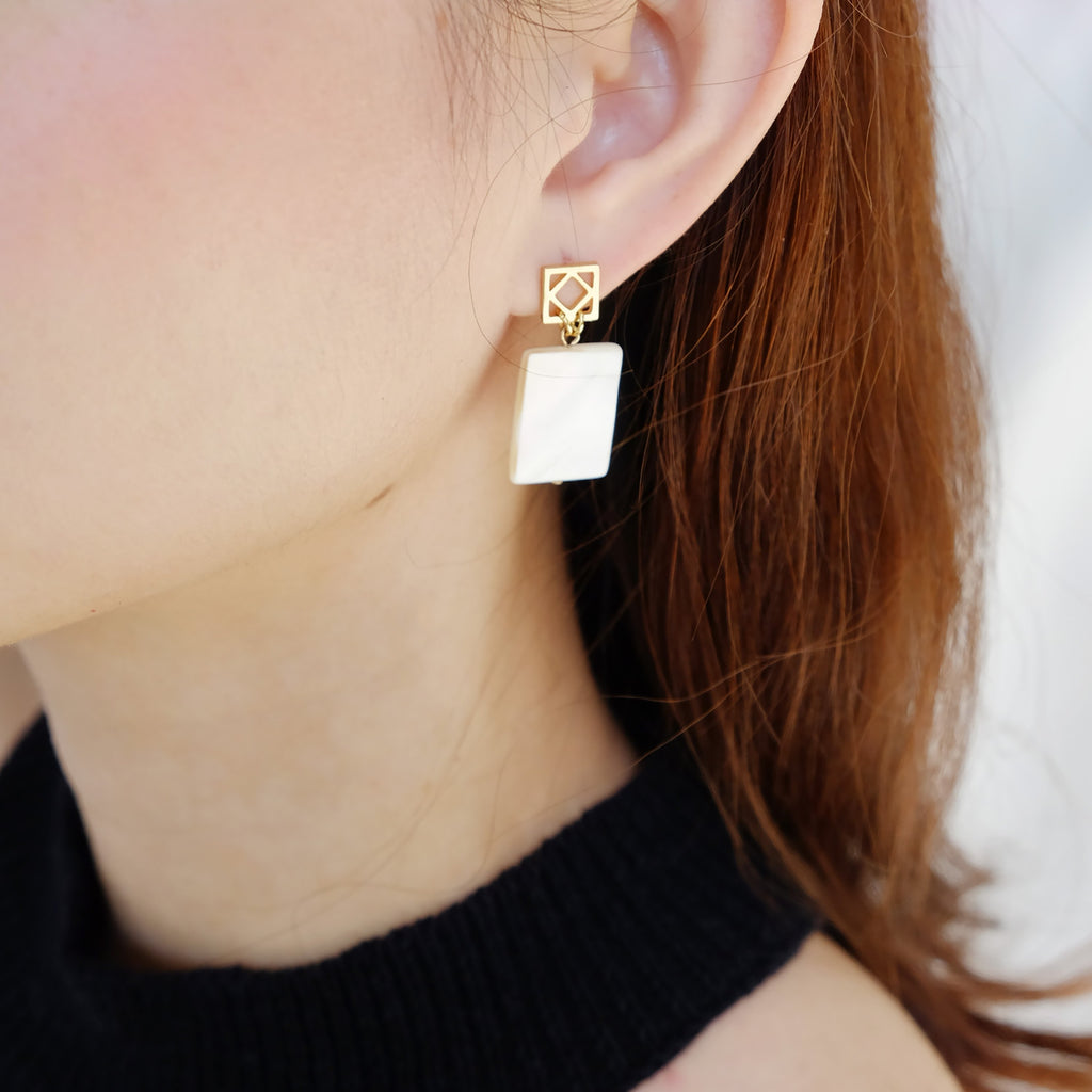 Georgia Earrings in Ivory
