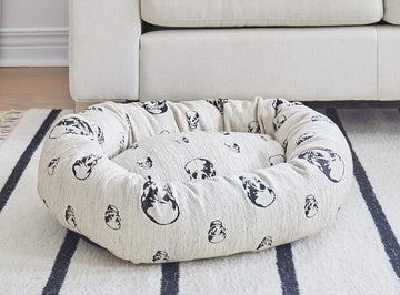 SKULL DONUT DOG BED